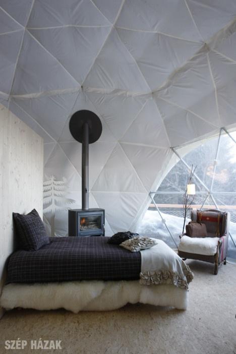 http://szephazak.hu/hotel-design/hokunyho-a-svajci-alpokban/74/