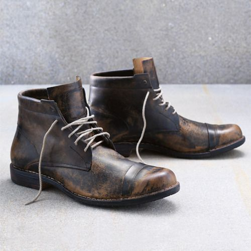 Things I like about these boots: the toe shape, the toe cap, the laces, how the side walls seem to be straight up and down coming out of the sole (instead of more rounded and soft), the high tongue, how the panels that hold the laces stick up and out instead of lay flat on the shoe...oh and of course the faded/worn look