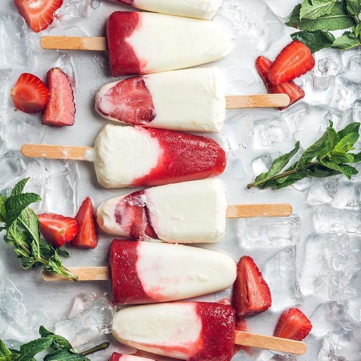 #ciao #EmiliaFoodLovers another hot night  #strawberry #homemade #popcicle! #cool you down... Ciao Emiliafoodlovers un altra #serata caldissima #ghiaccioli alla #fragola fatti in #casa #emiliafoodlove #online soon with our #shop #fruit #sweet #foodstagram #foodstyling #foodblogger #food #foodpic #foodlover #italy #foto #dolce #fragola #picoftheday #nofilter