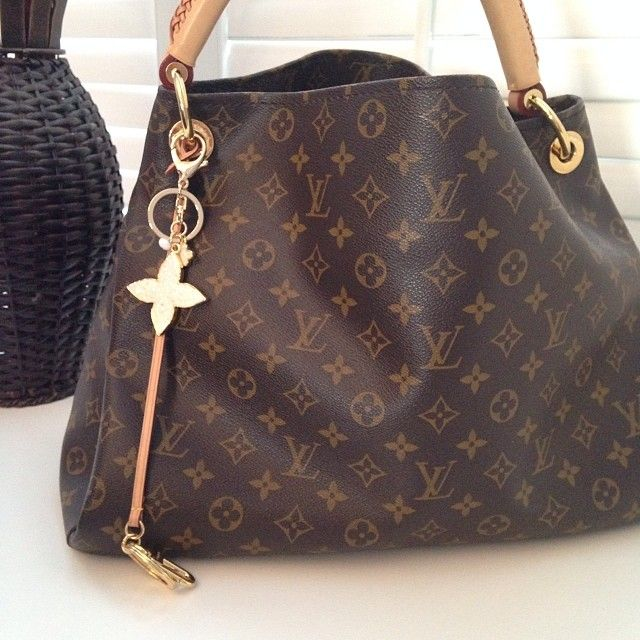 Louis Vuitton Atrsy Handbag Only 237 99 Bag It Pinterest And