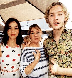 The cast of Reign (Adelaide Kane, Toby Regbo, Megan Follows) + Adelaide's brother at Entertainment Weekly's Comic Con Social Photobooth