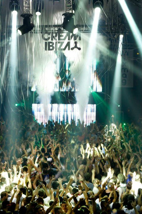 Partying in Ibiza - Forever yound at heart  Increible  http://www.bodaenibiza.es