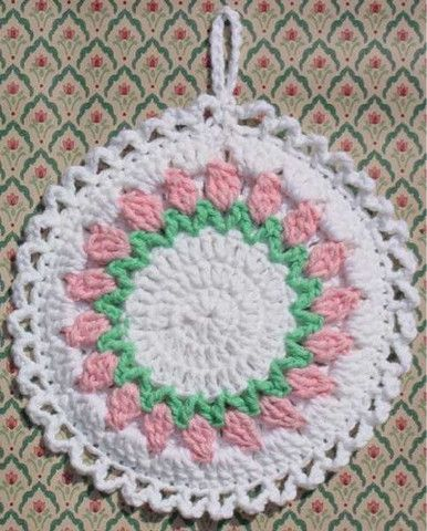 Picture of Flower Potholders Crochet Pattern Maggie's