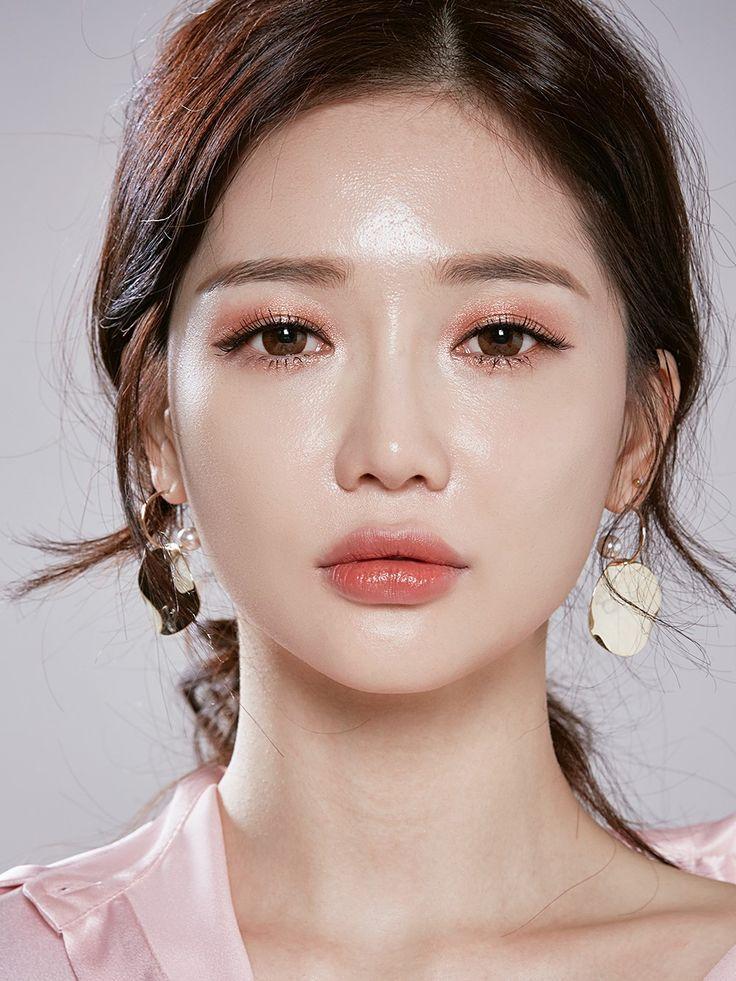 Spring makeup, korean makeup, #3ce SERIOUSLY???? HOW DO THEY DO THIS SKIN??????? #curious #beggingtoknow