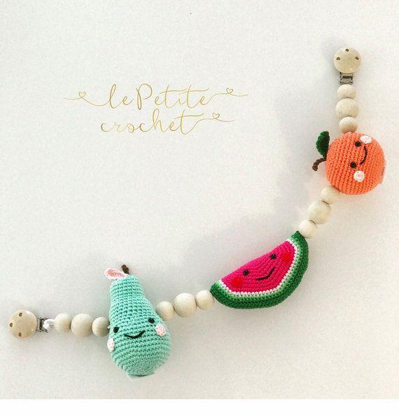 Frutas cochecito de bebé móvil, cadena de cochecito, juguete cochecito, cadena de cochecito, juguete del cochecito de niño, juguete de cuerda, el traqueteo del bebé, fruta del ganchillo, ganchillo bebé móvil