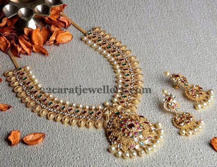 Jewellery Designs: Antique Kundan Kasu Mala