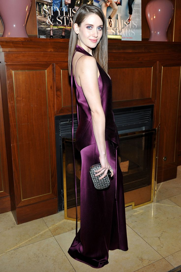 15 March Alison Brie chose a silky purple jumpsuit for the occasion. - HarpersBAZAAR.co.uk