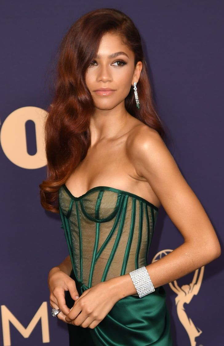 The $12 Secret to Zendaya's Waves, and Other Drugstore Beauty Picks From the Emmys
