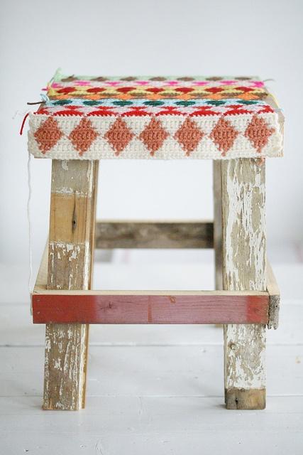w♦♦d & w♦♦l st♦♦l by wood & wool stool, via Flickr