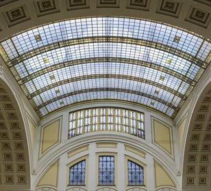 Debrecen: Megújult az egyetemi főépület üvegteteje (képek)