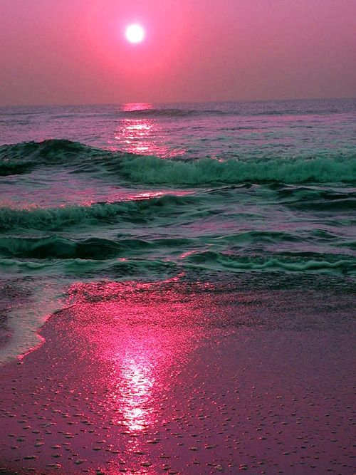 Ending the Day in PINK ! #pink: Sky, Pink Sunsets, Beach Sunsets, Colors, The Ocean, Beautiful, Sunris, Sea, Ocean Sunsets