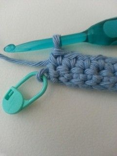 The Double Crochet Stitch Controversy (Or How to Get Straight Edges) I'll have to take a look at this