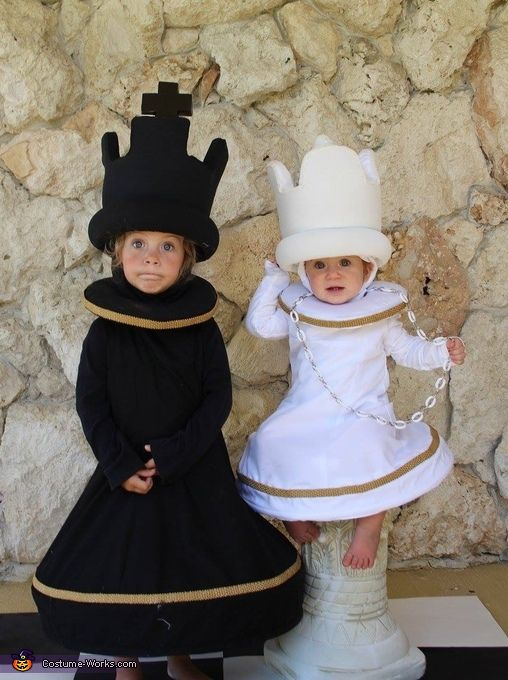 Chess King and Queen - Halloween Costume Contest via @costume_works