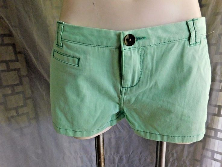 NWT Express Sea Foam Mint Green Stretch Casual Khaki Chino Shorts - Size 8 #Express #KhakiChino