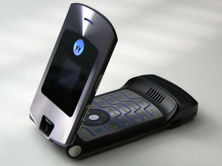 Should You Buy a Refurbished Cell Phone?