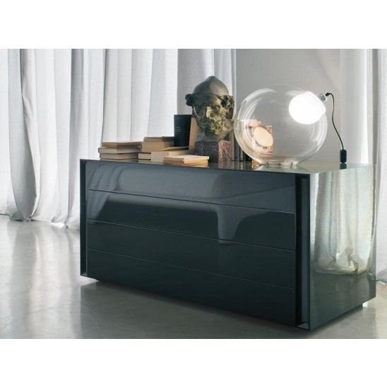 Luna is #chest of 4 drawers in lacquered #wood by #Lema