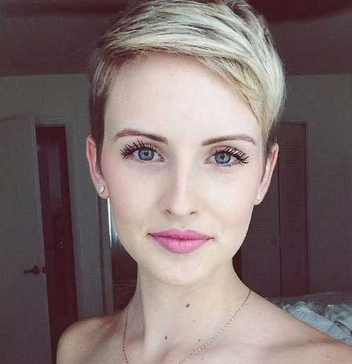 Two Tone Super Pixie Crop Haircuts 2017