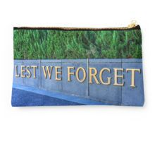 """Lest We Forget"" at the Soldiers Memorial - Bendigo, Victoria Studio Pouch"