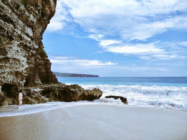 The best Bali tropical beaches tour package for summer vacation 2017!Bali island is famous with their beautiful & exotic tropical beaches. And most of them are located in southern part of this island. We presentBali Exotic Beaches Tour as one of your full day Bali tours package for beach lovers who want to enjoy the beauty of sun, sands & tropical beaches in Bali. This Bali Private Tours package is combine between famous and hidden white sand beaches as a tours & activities. Th...