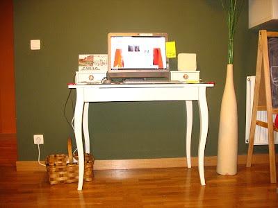 11 best te veo en la oficina images on pinterest the - Mesa hemnes ikea ...