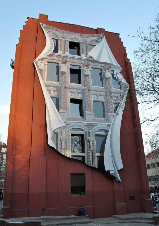 En Toronto, Canada, se encuentra esta pintura plasmada en un edificio como homenaje a la edificación Flatiron, ubicada en Nueva York.