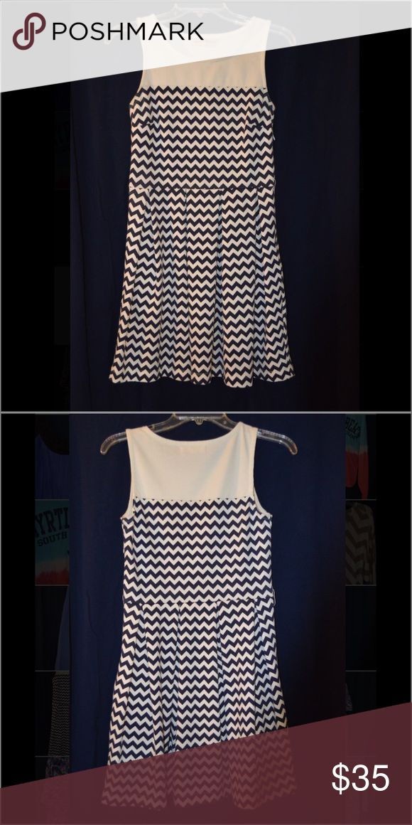 navy blue chevron dress super cute and comfy Altar'd State Dresses