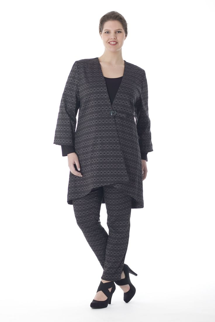 exelle suit from woven jacquard with elastan