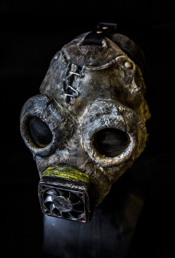 The Scavenger, post apocalypse collectible horror mask.