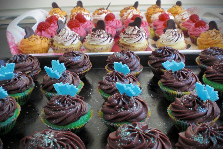 cupcakes everywhere