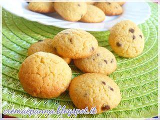 Crema e panna: Biscotti con farina di ceci e gocce di cioccolato