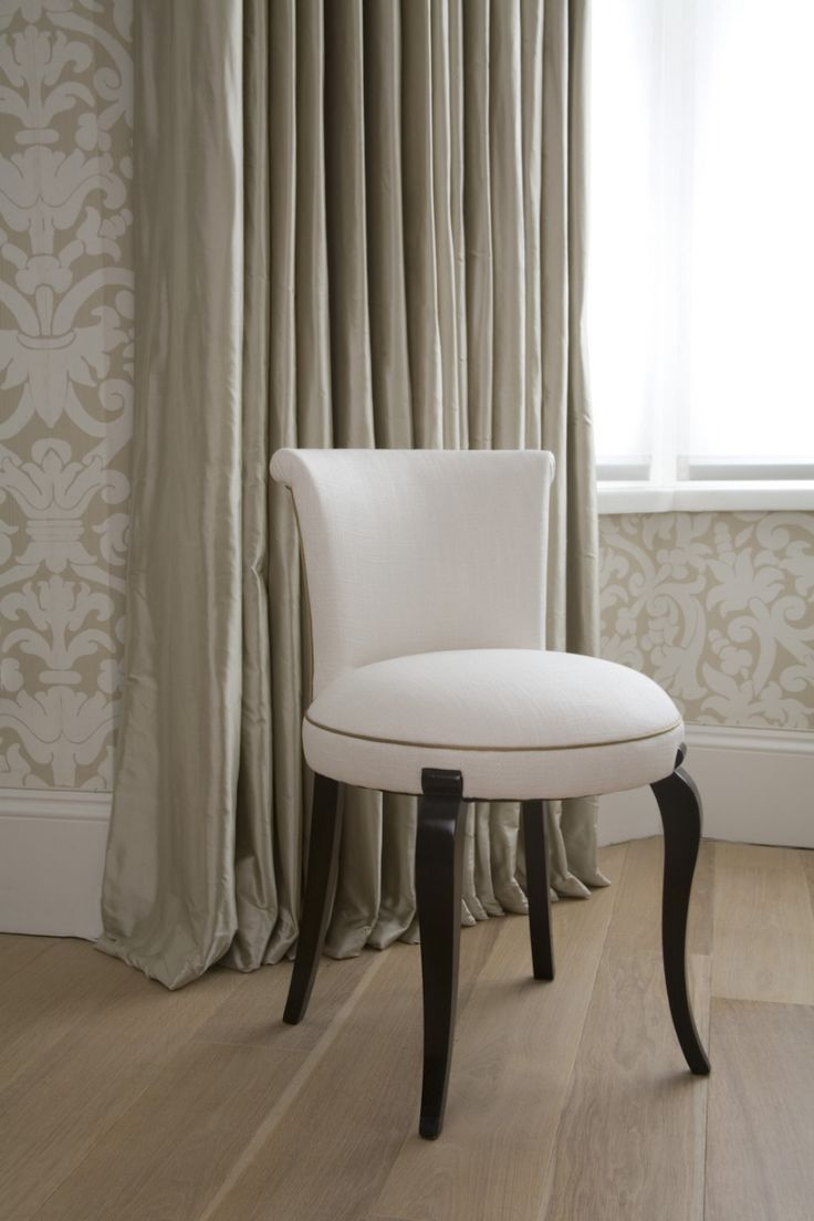 Best 25+ Small bedroom chairs ideas on Pinterest | Small bedroom ...