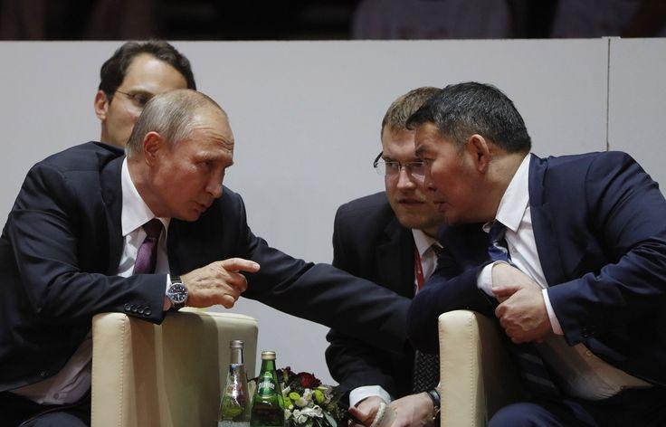 7 Сэптэмбэр 2017, 15:20   Лидеры России, Японии и Монголии прибыли на турнир по дзюдо во Владивостоке   http://tass.ru/vef-2017/articles/4543065