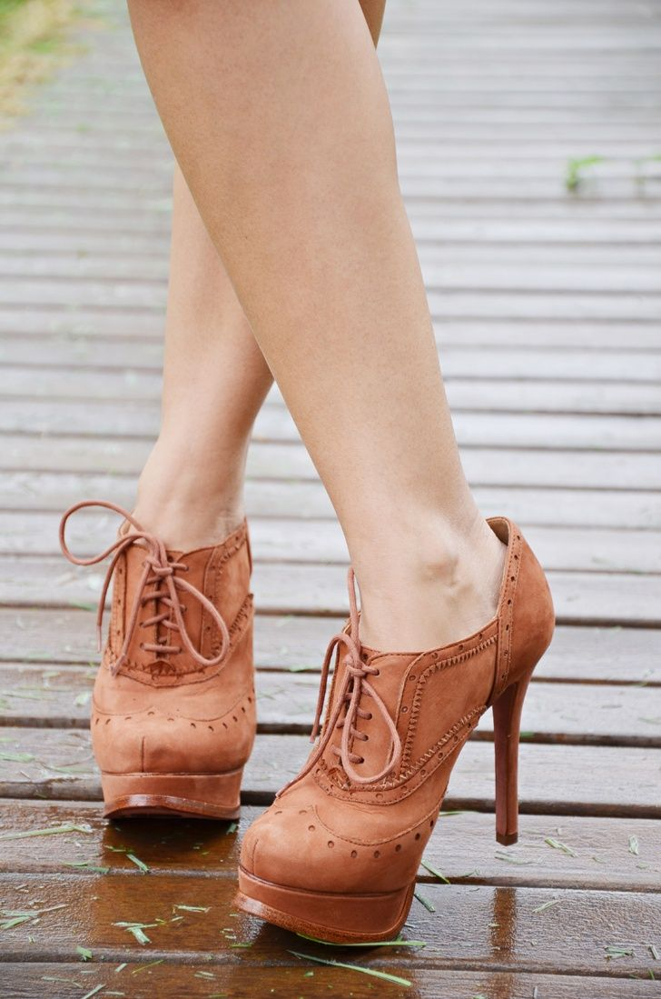 boots heels hell yes i need these My style Fashion boot heels |2013 Fashion High Heels|