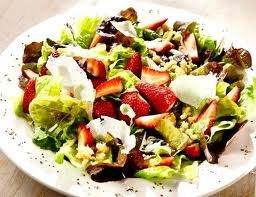 Theme Restaurants Copycat Recipes: The Melting Pot Strawberry Fields Salad