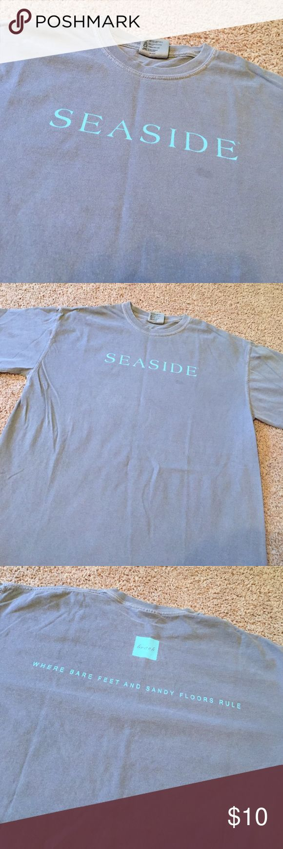 """Seaside """"Where Bare Feet & Sandy Floor Rule"""" Shirt Seaside """"Where Bare Feet & Sandy Floor Rule"""" Shirt!! Size: Medium!! Worn a handful of times!!! There is a small stain under the D in Seaside that won't come out!!! Other than that, it's in perfect condition!!! comfort colors Tops Tees - Short Sleeve"""