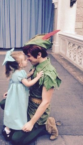 So, I don't like when people ship Peter and Wendy, because I've read the book, and there is no romance, just friendship, but this is adorable!