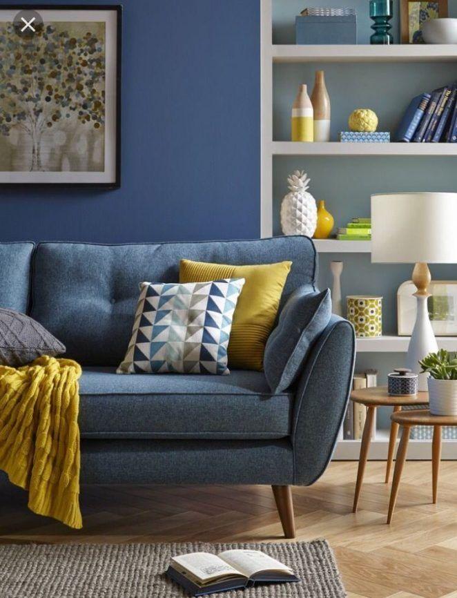 Salon Bleu Et Jaune 17 Idees Deco Pour Associer Ces Couleurs Decoration Salon Bleu Decoration Canape Bleu Idee Deco Salon