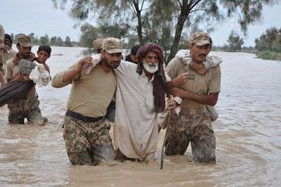 Pakistan Armed Forces: Pakistan Army in Flood effected areas