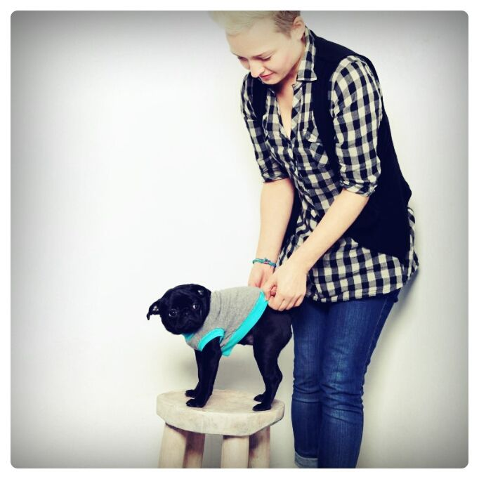 Lulu and the Pug photoshoot backstage :-) #puglove Stay tuned!