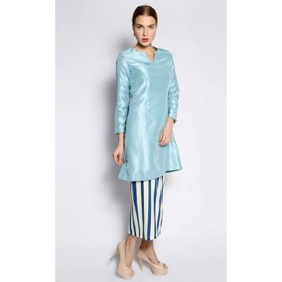 Uruguay Kurung Pahang in Light Blue