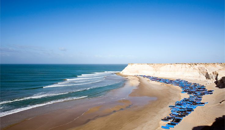 Western Sahara. Right points don\'t come any better than this setup in Western Sahara, north of Dakhla. Sand bottom perfection, north Atlant...