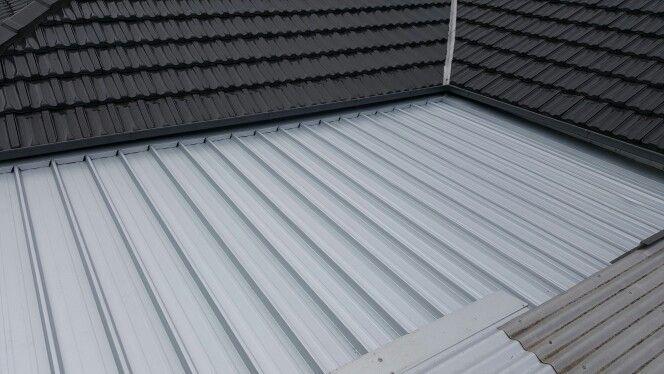 Zinc kliplok deck roof replacement by Click4Trades