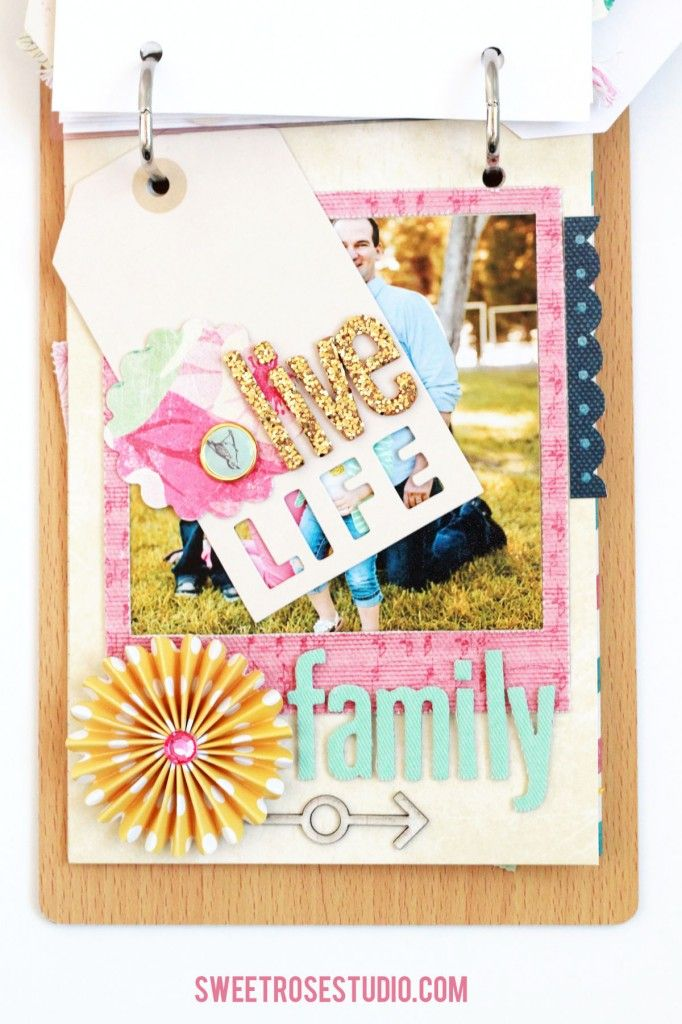 Family Photo Flip Book #scrapbook #AmericanCrafts #CratePaper