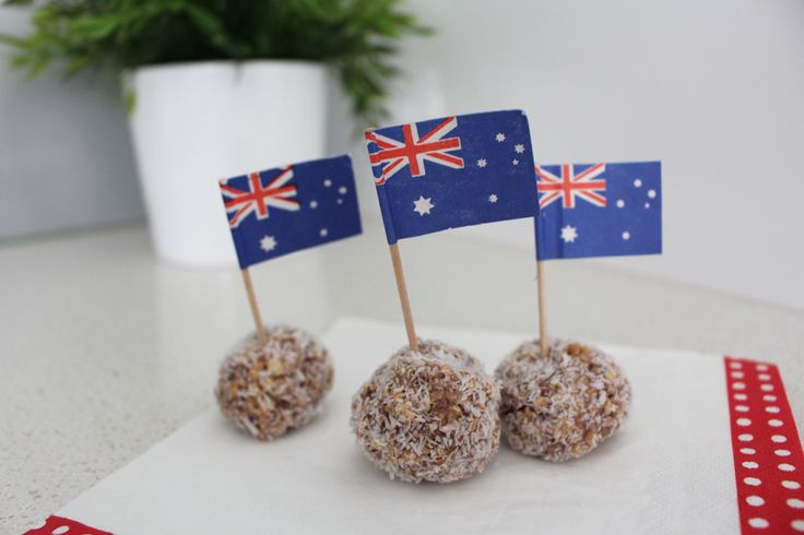 Australia Day easy recipe - milo balls with only 4 ingredients. www.capricollective.com