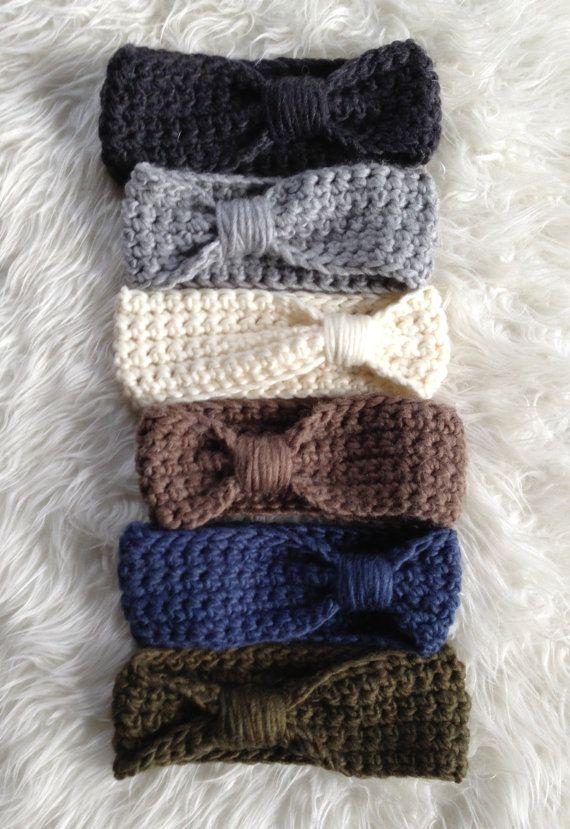 Cute Winter Women Head Wrap On Etsy! Can't believe it's $25!!! looks super easy to make.
