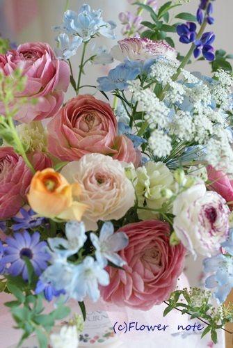【今日の贈花】姉弟さんへ卒業祝いのお花 Flower note の 花日記 (横浜・上大岡 アレンジメント教室)