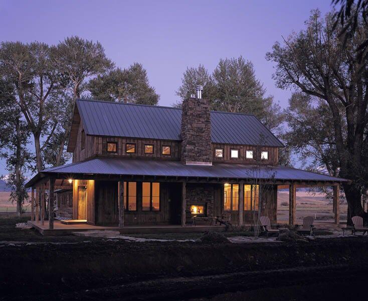 Pachanga Barn with Wraparound Porch