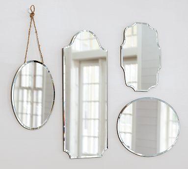verzameling oude spiegels