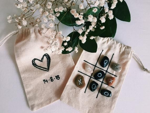 Tic Tac Toe-Guest Gift Wedding 10 Piece