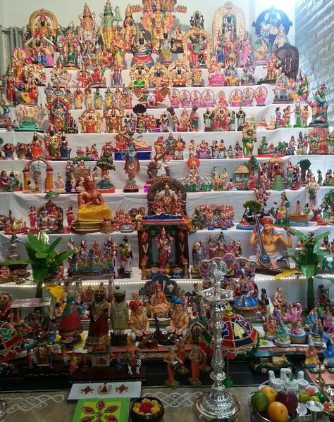 Housedelic | Dasara and Dolls | http://housedelic.com